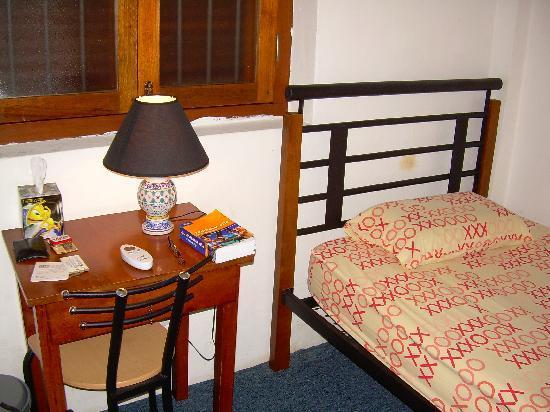 Hutton Lodge: A view inside a single room