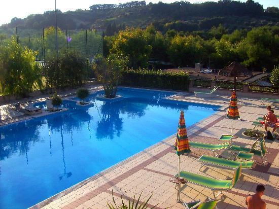Verde Cupra: foto piscina