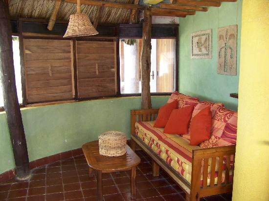 Rancho Caphe Ha: Casita living room