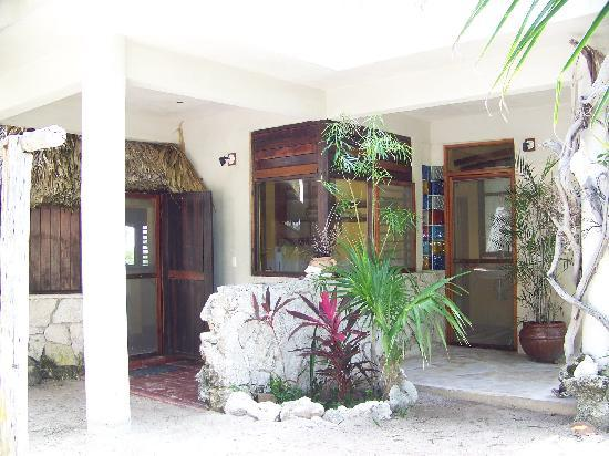 Rancho Caphe Ha: Outside casita