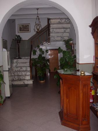 Hotel Marnie: ingresso