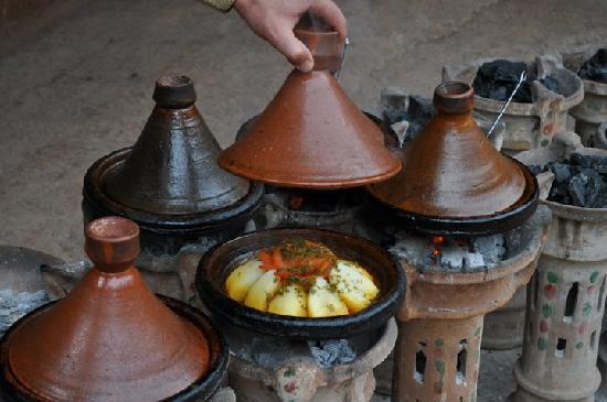 Dar Naima: Piatto tipico Tajine!