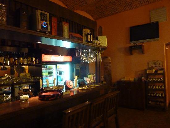 Repre Restaurant & Bar: Restaurant