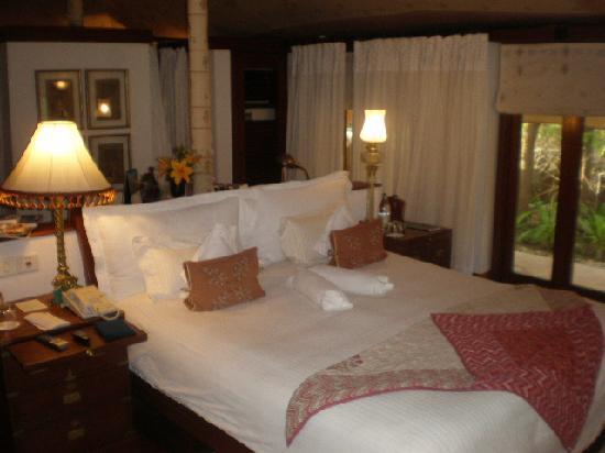 The Oberoi Rajvilas: Tent Room Bed