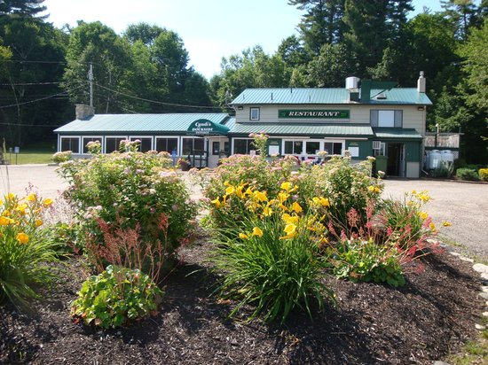 Cyndi's Dockside Restaurant: Summer at the Dockside