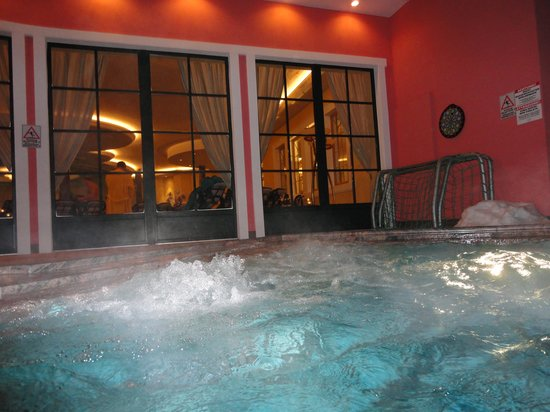 Cavallino Bianco Family Spa Grand Hotel : PISCINA ESTERNA