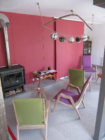 Ilaia Hotel: sala de estar primer piso