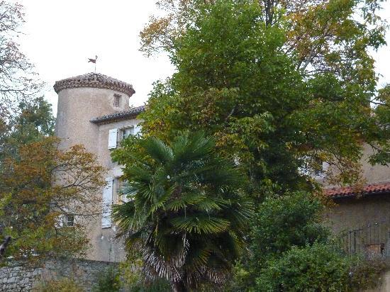 Chateau de Lartigolle : one of the towers