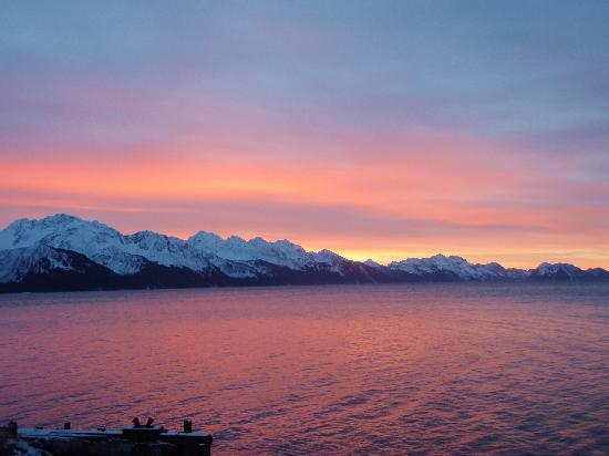 Seward, AK: Sunrise from the observation deck