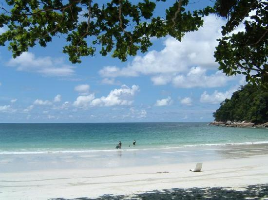 Pangkor Laut Resort: You'd never want to leave Emerald Beach...