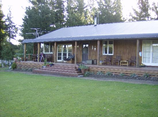 Mingary Farmstay B&B Accommodation: Relaxation Station