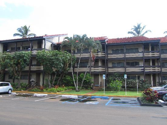 Kapaa Shores: Front view of property