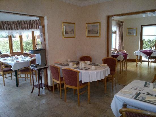 Windsor Lodge: Spacious breakfast room