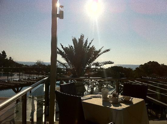 Asteria Sorgun Resort: Blick aufs Meer beim Frühstück