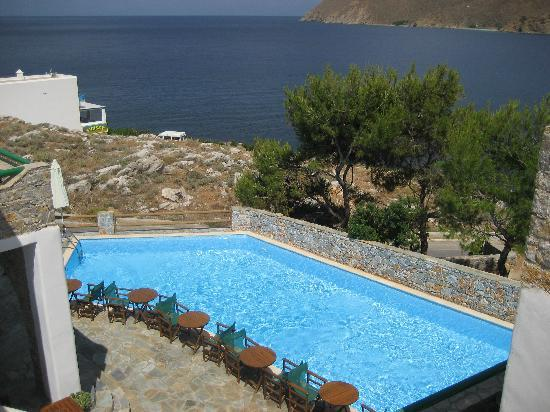 Yperia Hotel: The pool