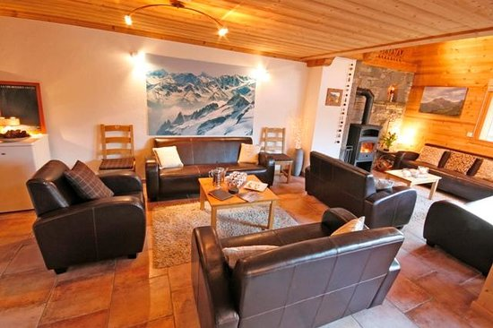 Cairn Lodge: Living Area