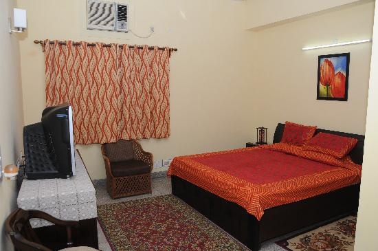 Lifetree Bed & Breakfast: double bed room