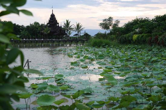 Inle Resort & Spa : Inle Resort al atardecer