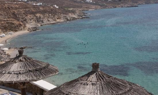 Mykonos Grand Hotel & Resort: Beach view