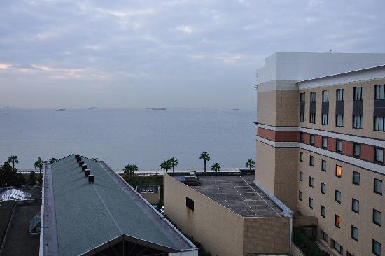 Sheraton Grande Tokyo Bay Hotel : Partial tokyo Bay View