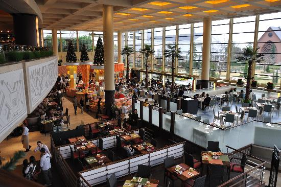 Sheraton Grande Tokyo Bay Hotel : Grand Cafe