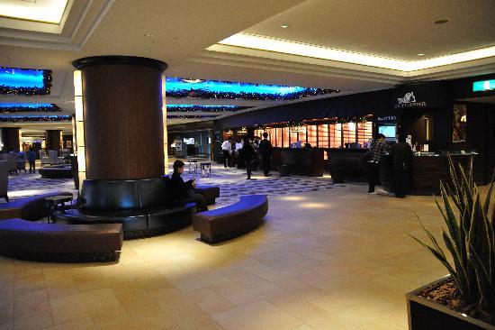 Sheraton Grande Tokyo Bay Hotel : Lobby Area