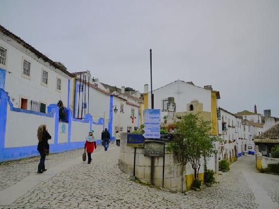 Obidos, Portugal: 街並み