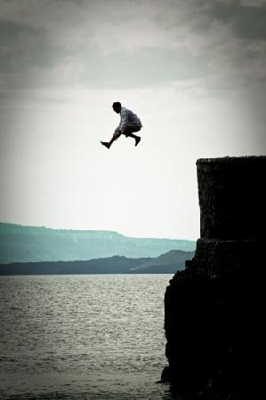 Santorin, Griechenland: yanni jump