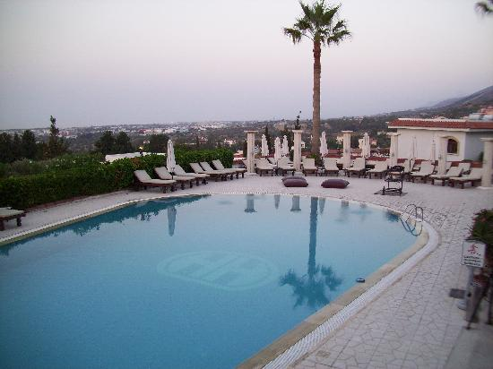 The Hideaway Club Hotel: The pool