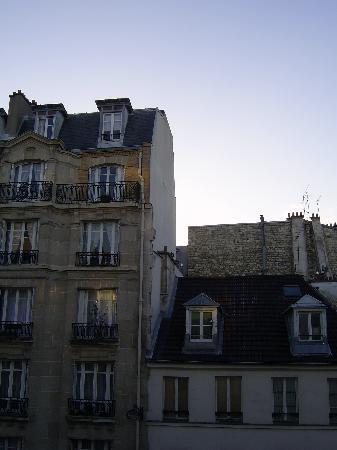 Hotel Lecourbe : Vista dalla stanza