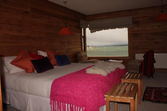 Weskar Patagonian Lodge: Superior Room