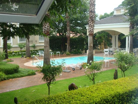 ‪‪Garden Court Morningside Sandton‬: swimming pool‬