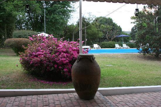Las Moras Hotel: una de las galerias