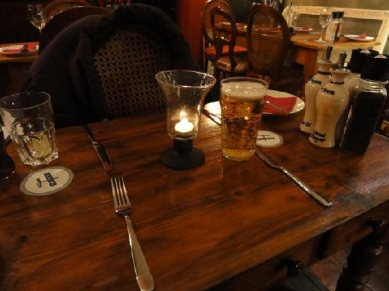 Trabuxu Bistro: Our table