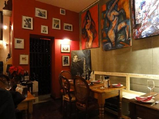 Trabuxu Bistro: Many different types of wine in there