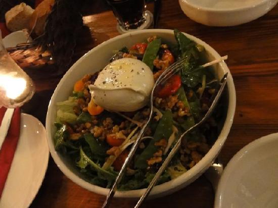 Trabuxu Bistro: Delicious Mozzarella salad