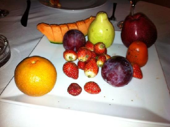 Fairuz : Diamond hard strawberries