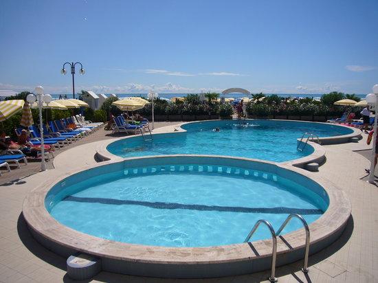 Hotel Galassia: Hotel Galssia*** Jesolo Lido, piscina
