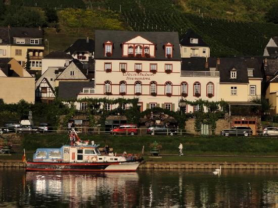 Cochem, Niemcy: Restaurant and Mosel River