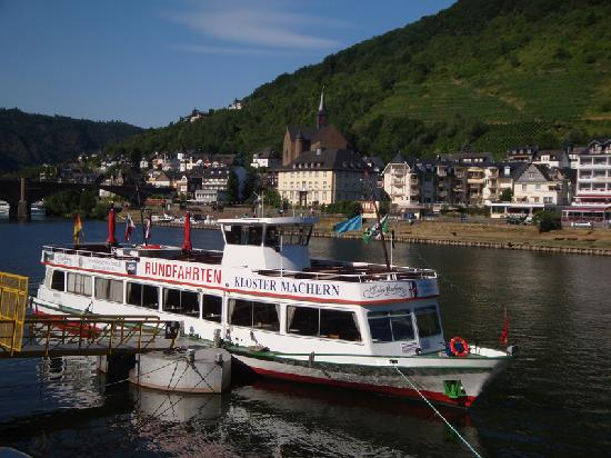 River Crusing boat in Cochem