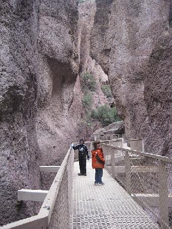 Glenwood, NM: hiking catwalk