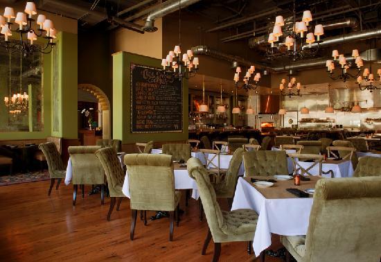 The Redbury Hollywood: Cleo Restaurant @ The Redbury