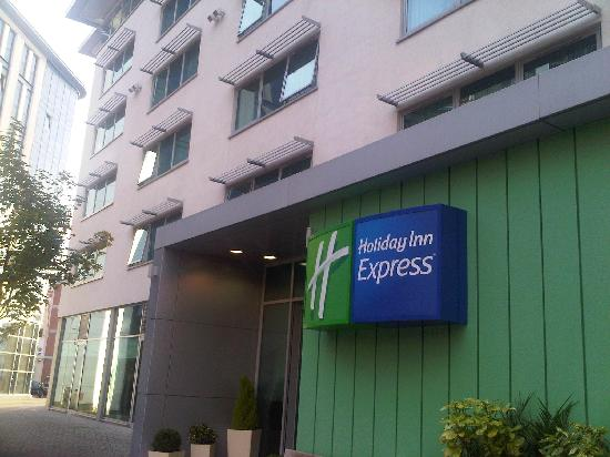 Holiday Inn Express Newcastle City Centre: Holiday Inn Express, Newcastle-upon-Tyne (Tim Weller)