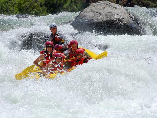 O.A.R.S. California Rafting: Western Sierra whitewater