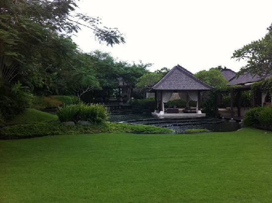 Villa Air Bali Boutique Resort & Spa: Garden