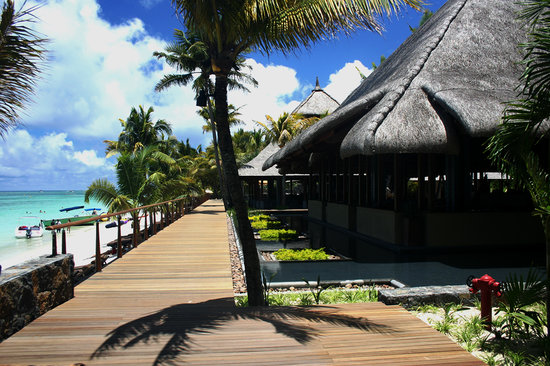 Trou aux Biches Beachcomber Golf Resort & Spa: Two restaurants of the Hotel
