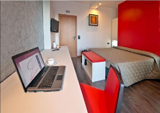 Hotel Eden: Room