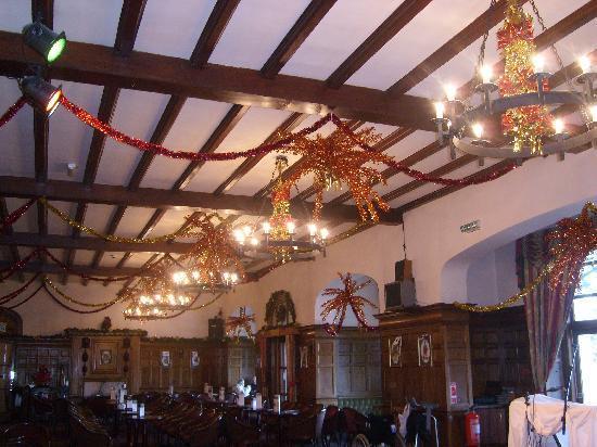 Bay Highland Hotel: ballroom