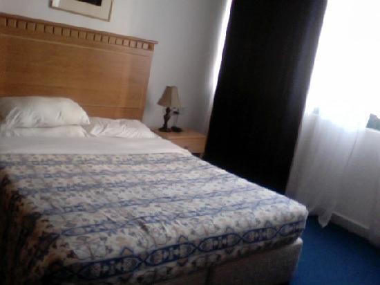 Sahara Hotel Apartments : Bedroom