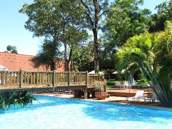 San Martin Hotel & Resort: Hotel San Martin mit Pool